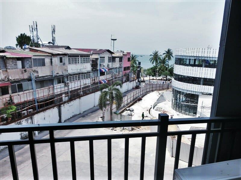 ホテルセレクションパタヤ(Hotel Selection Pattaya)のバルコニー