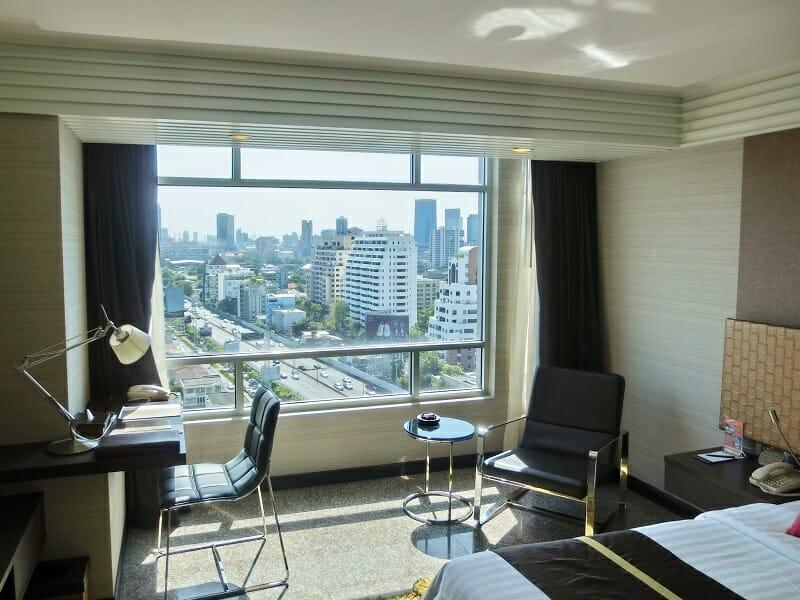 ダブルツリーバイヒルトン(DoubleTree by Hilton Bangkok Ploenchit)客室からの景色