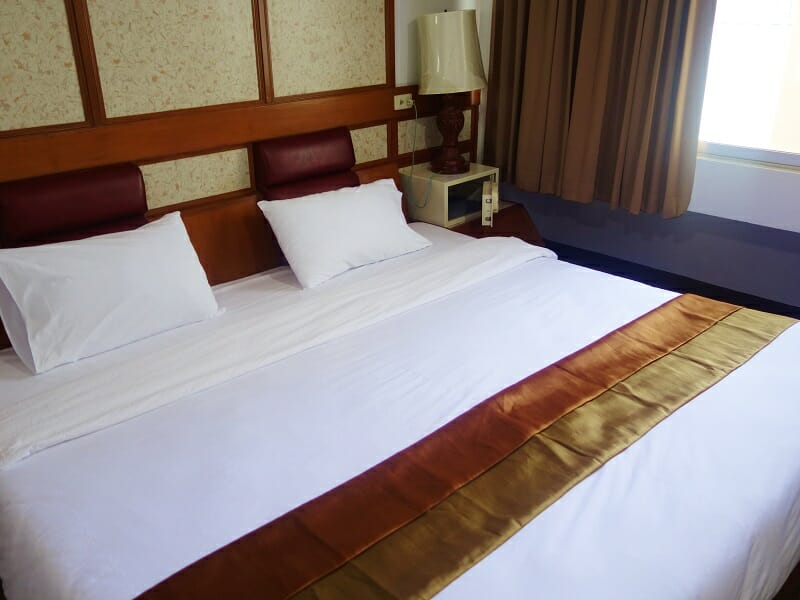 ナナ・ホテル・バンコク(NANA Hotel Bangkok)ベッド