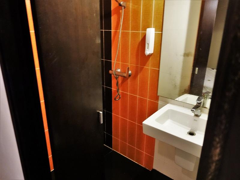ナナプラザ内のヤリ部屋シャワールーム