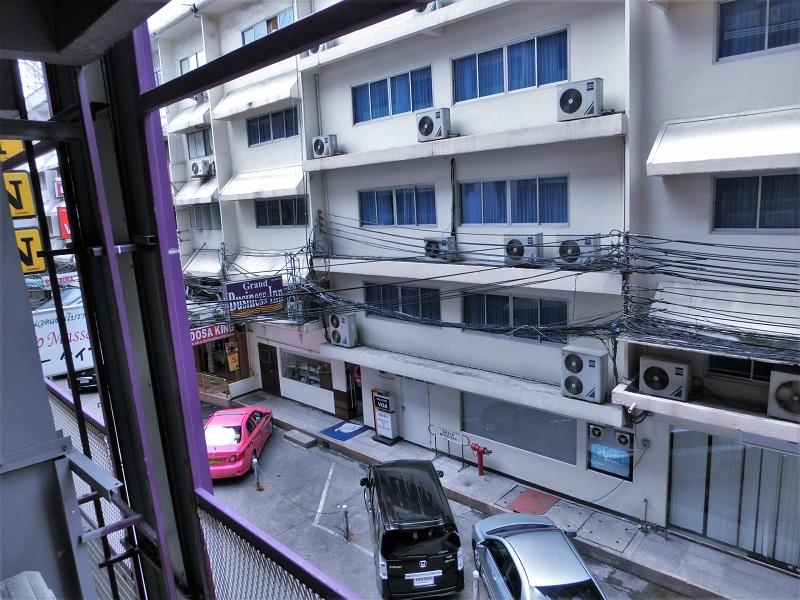 スタジオナナホテル(Studio Nana Hotel)から見たスクンビットソイ11/1