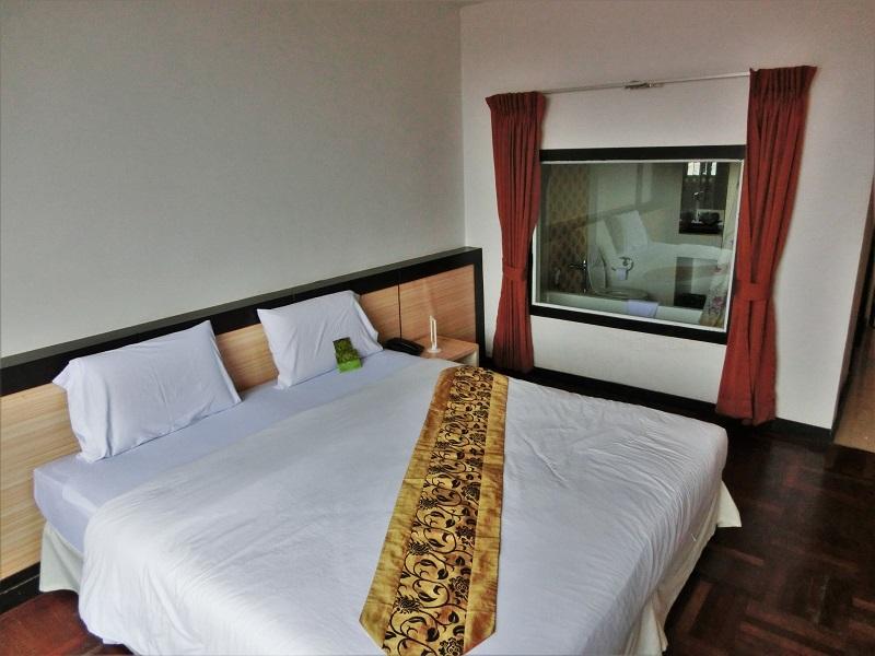 アユタヤ グランド ホテル(Ayutthaya Grand Hotel)ベッド