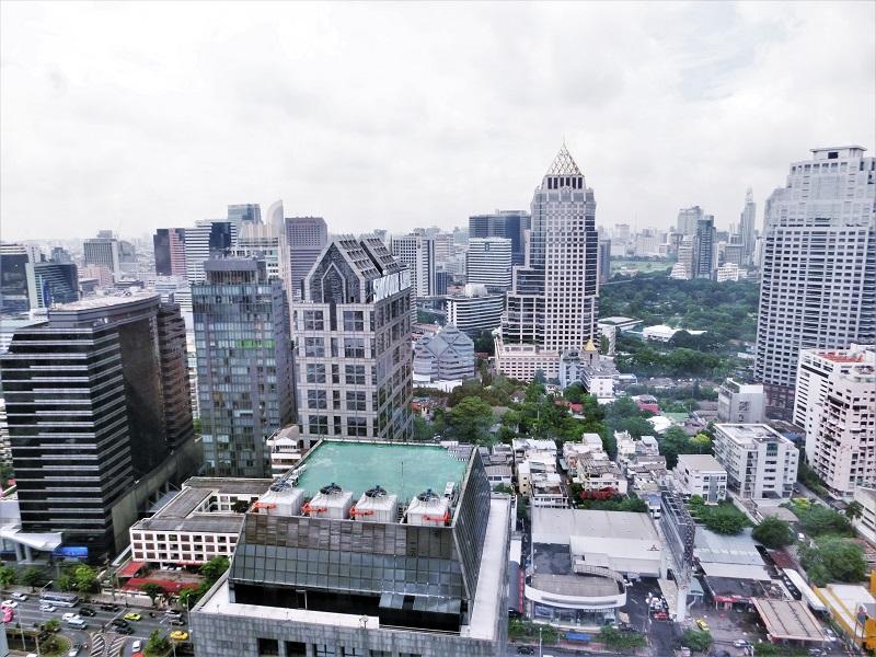 バンヤン ツリー バンコク(Banyan Tree Bangkok)サトーン通り北側の景色