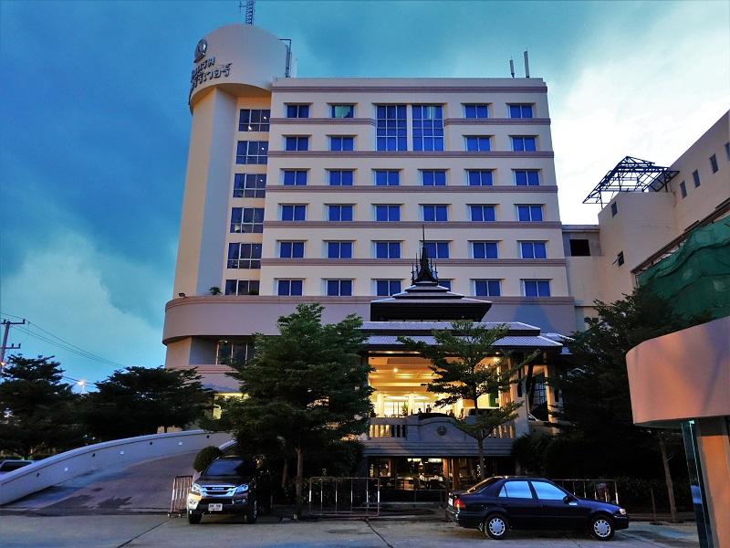クルンシリ リバー ホテル(Krungsri River Hotel)