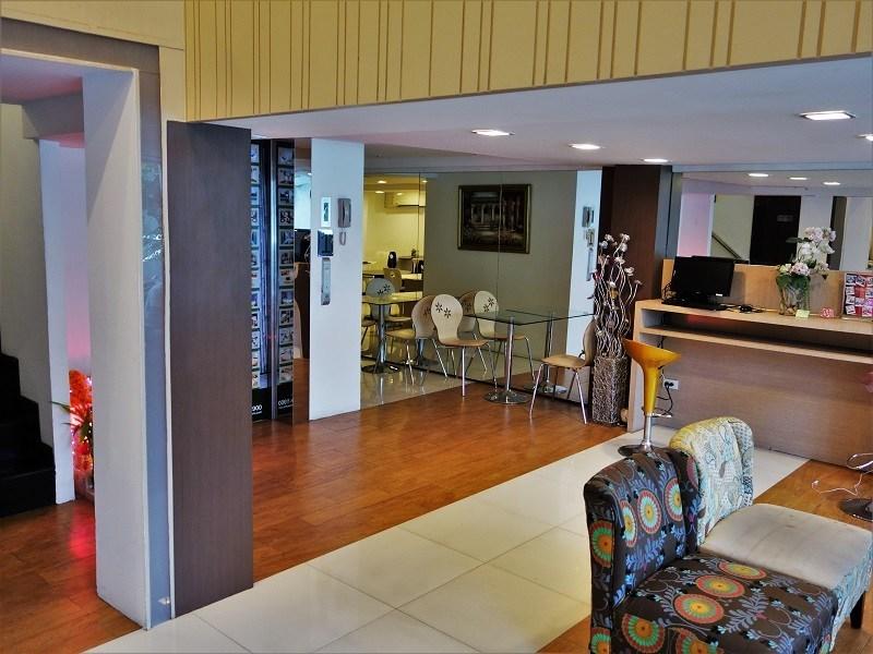 ナントラ シーロム ホテル(Nantra Silom Hotel)1階ロビー