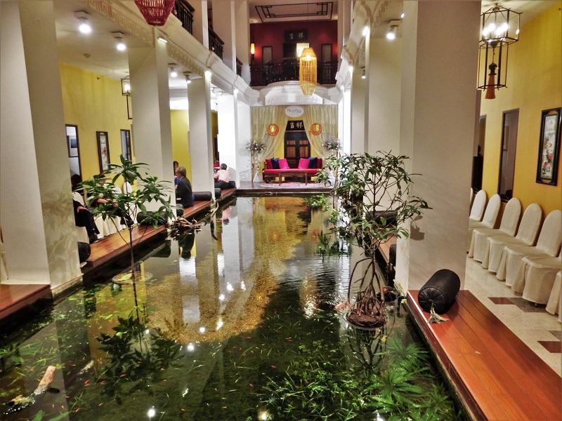 シャンハイ マンション バンコク(Shanghai Mansion Bangkok)池