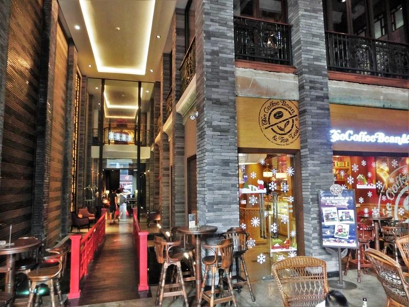 シャンハイ マンション バンコク(Shanghai Mansion Bangkok)ホテル入口
