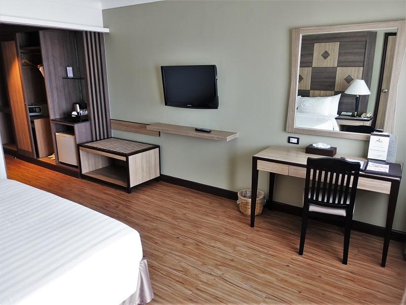 アモーラ ターペー ホテル(Amora Tapae Hotel)作業机