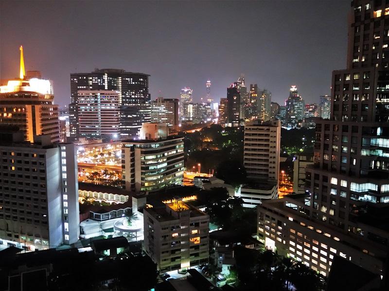 バンダラ スイーツ シーロム(Bandara Suites Silom)夜景