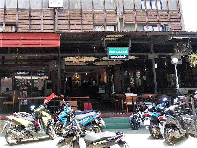 ベーシック ライン ホテル @ ロイクロ(Basic Line Hotel @ Loikroh)レンタルバイク