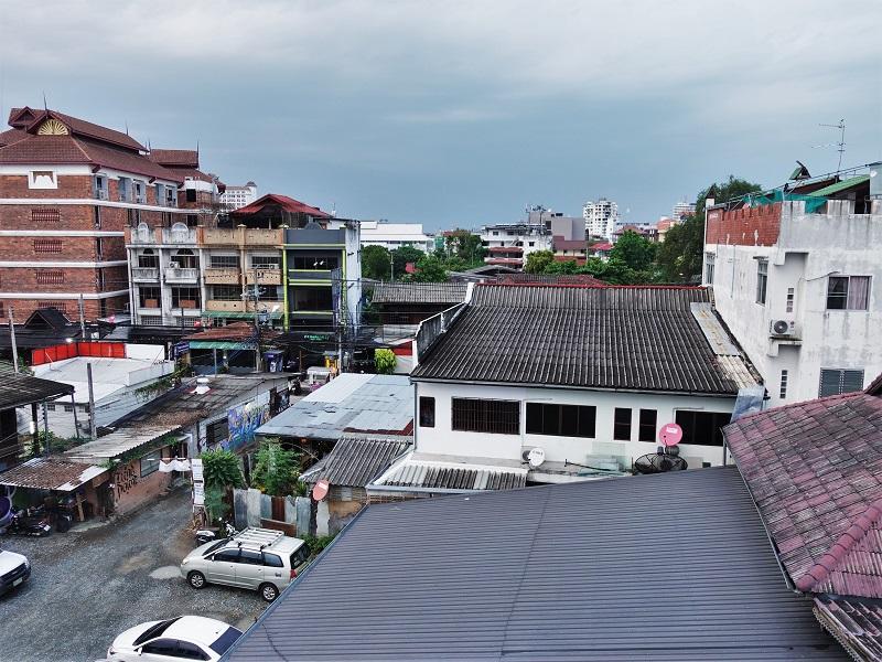 ベーシック ライン ホテル アット ロイクロ(Basic Line Hotel at Loikroh)部屋からの景色