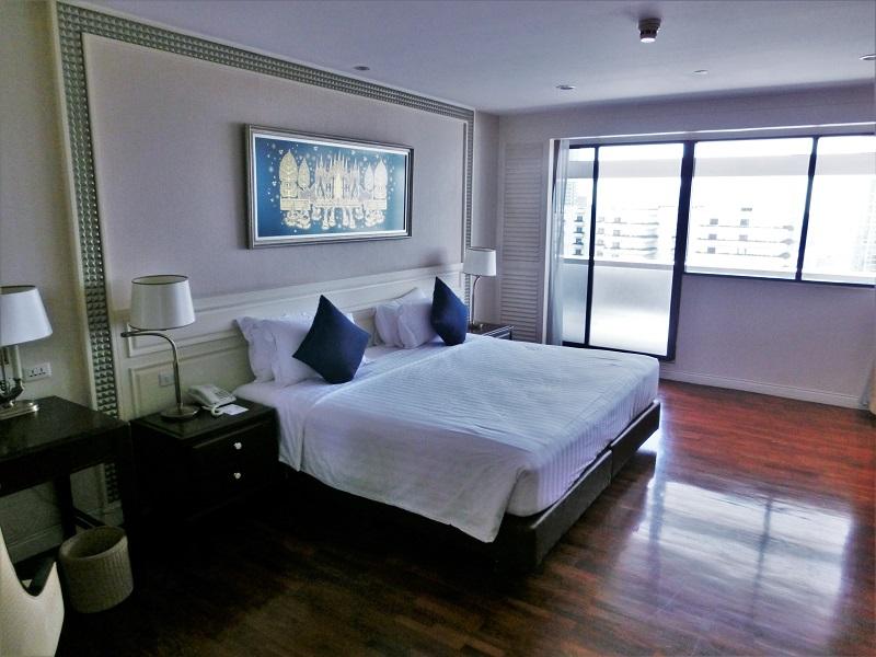 センターポイント シーロム ホテル(Centre Point Silom Hotel)ベッド