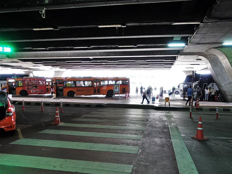 S1バス乗り場