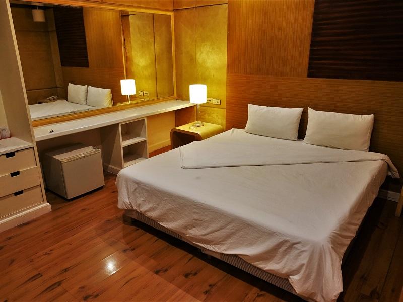 ストランド イン ホテル(Strand Inn Hotel)ベッド