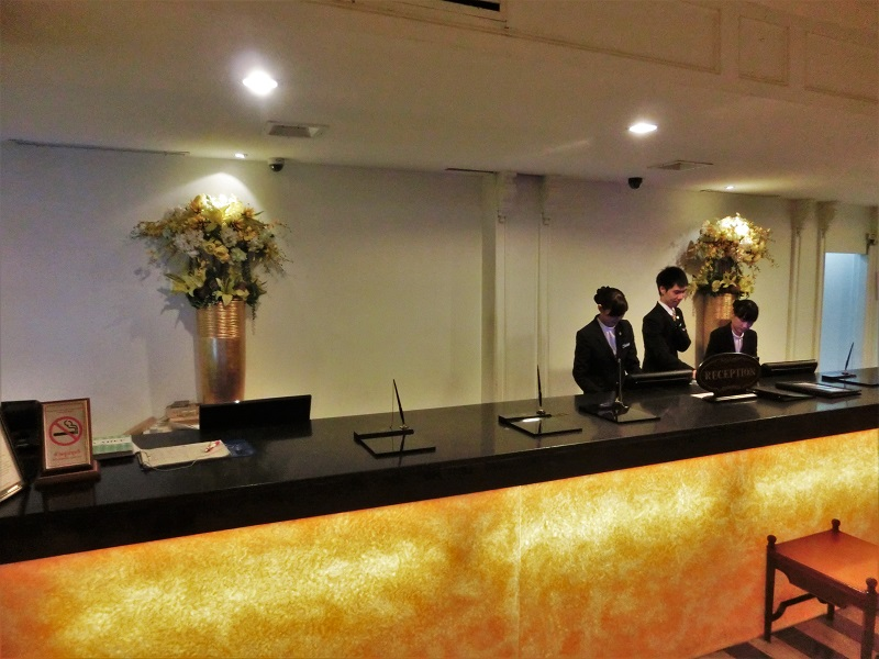 ザ タワナ バンコク ホテル(Tawana Bangkok Hotel)受付