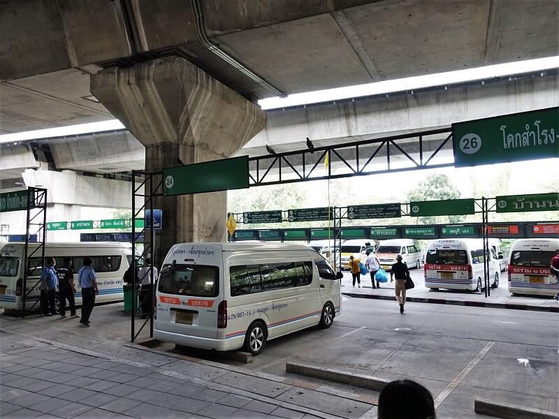 モーチットミニバスステーションの駐車場