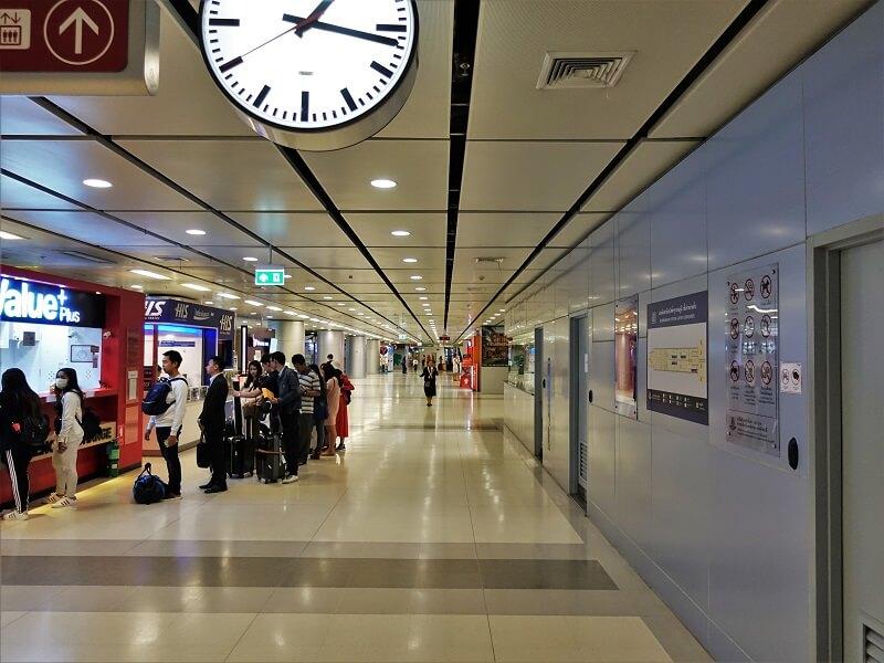 スワンナプーム国際空港地下1階