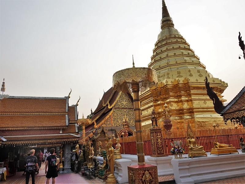 チェンマイの山頂にあるドイステープ寺